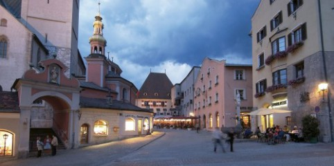 Hall-Wattens: Stadtplatz in Hall in Tirol